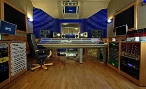 deep-studios-901